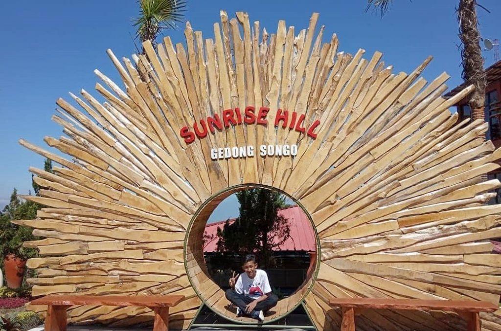 Wisata Selfie Instagenic Tempat Wisata Foto Semarang